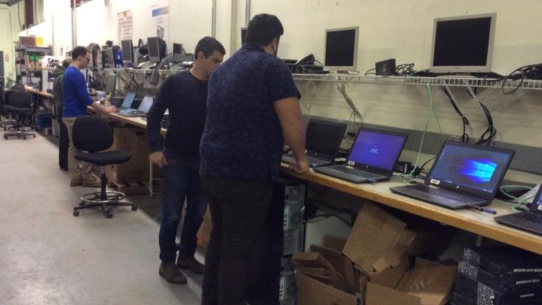 P.E.I. program offering free, refurbished computers a 'win-win'