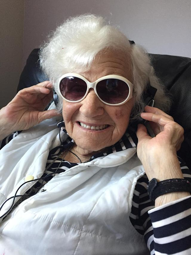 The centenarian still loves to sing along to her favorite Polish music. (Photo: Courtesy of Ashley Gold)