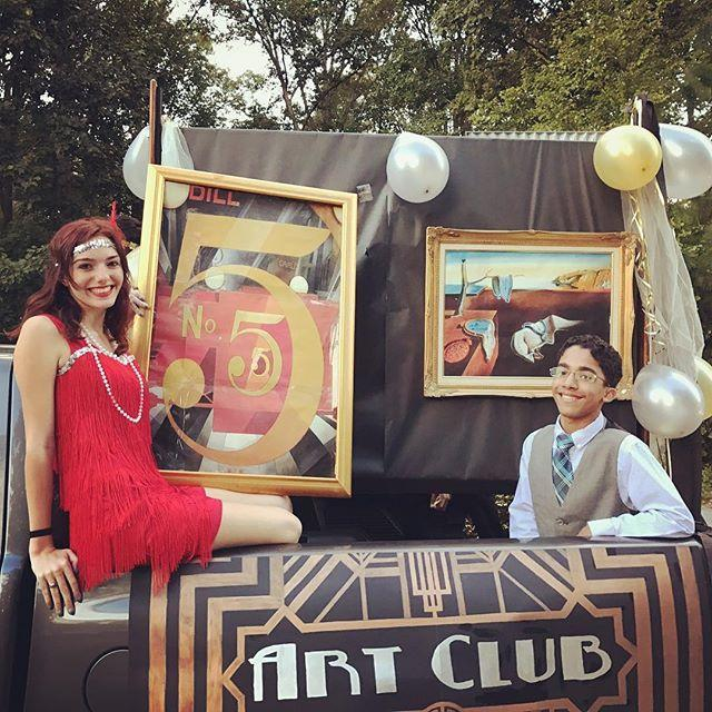 "<p>Show off every aspect of your artistic side on this float. </p><p><a href=""https://www.instagram.com/p/BLkhUYIBp6z/"" rel=""nofollow noopener"" target=""_blank"" data-ylk=""slk:See the original post on Instagram"" class=""link rapid-noclick-resp"">See the original post on Instagram</a></p>"