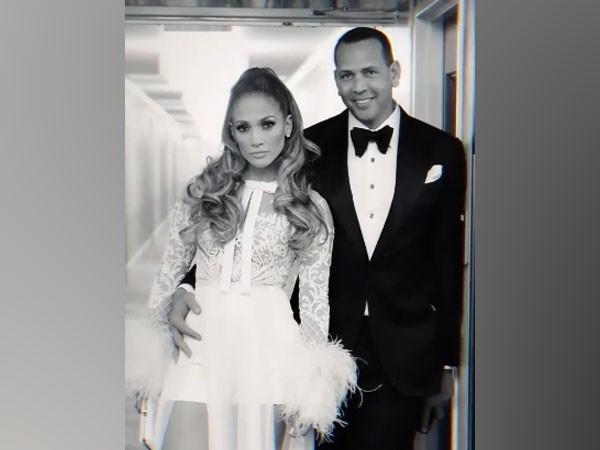 Celebrity couple Jennifer Lopez and Alex Rodriguez (Image Source: Instagram)