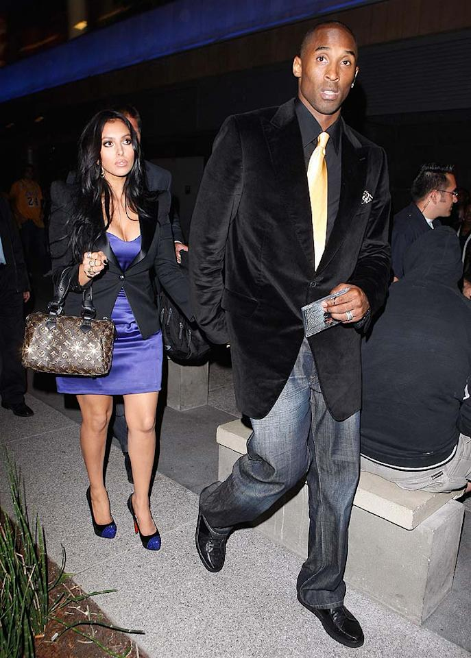 """Kobe and Vanessa Bryant left hand-in-hand as well. The 15 karat gold bling Kobe collected that night was his fourth championship ring. """"I never wear them except for the night that I get them,"""" he told an AP reporter. """"I do that and then I go home and put them in a vault."""" Maciel/<a href=""""http://www.x17online.com"""" target=""""new"""">X17 Online</a> - October 27, 2009"""