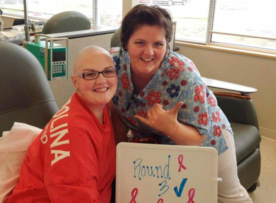 Inspired by Her Cancer Struggle, Kan. Teacher's Class Brings Holiday Cheer to Pediatric Patients