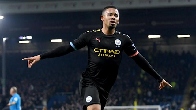 Ahead of the Manchester derby, Manchester City bounced back from their draw with Newcastle United by beating Burnley 4-1.