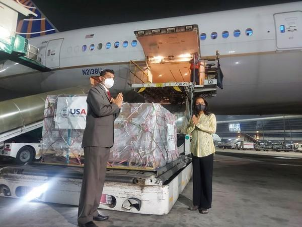 4th flight from U.S.A. arrives carrying 1.25 lakh vials of Remdesivir (From May 2)