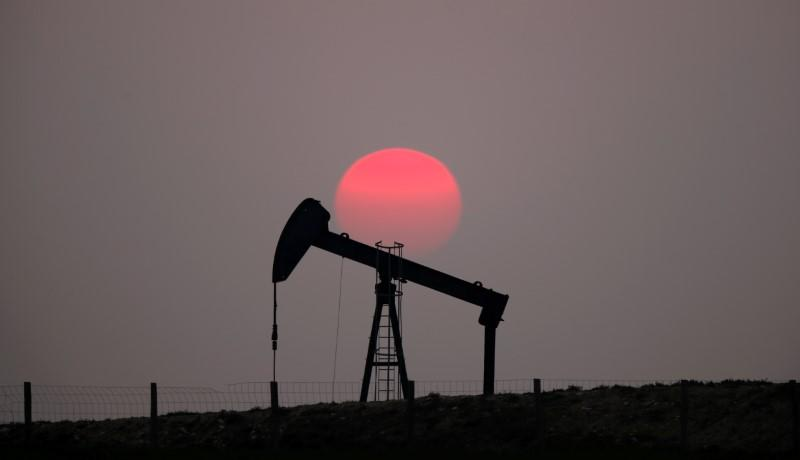 IEA says oil stocks, non-OPEC output to buffer market from shocks