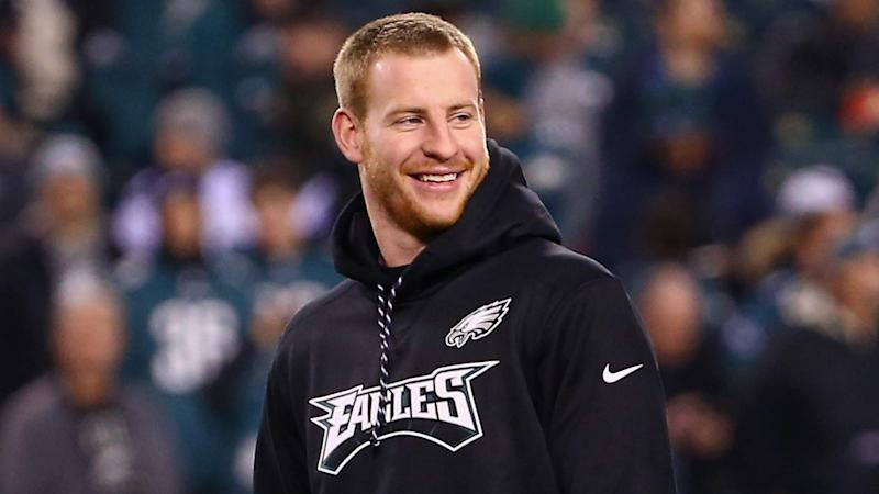 Wentz injury worse than feared, but Eagles quarterback targets 2018 opener