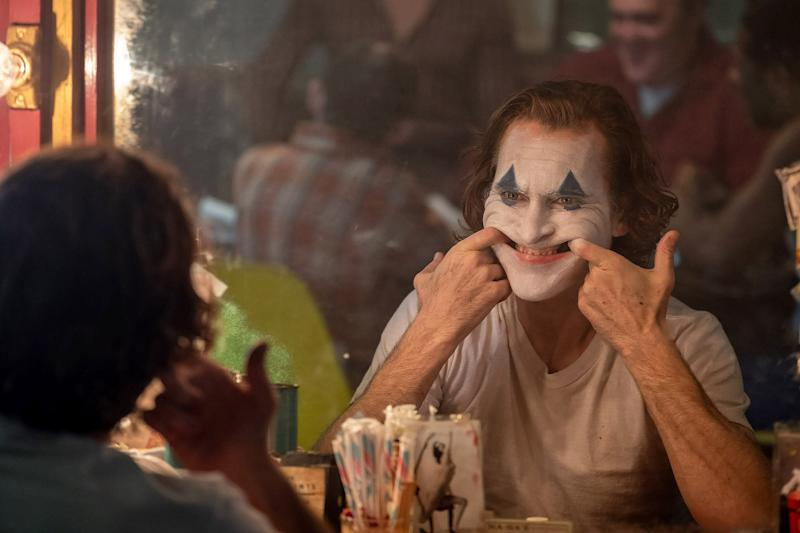 Clown-for-hire and failed stand-up comedian Arthur Fleck (Joaquin Phoenix) goes down a tragic path of pure mayhem in