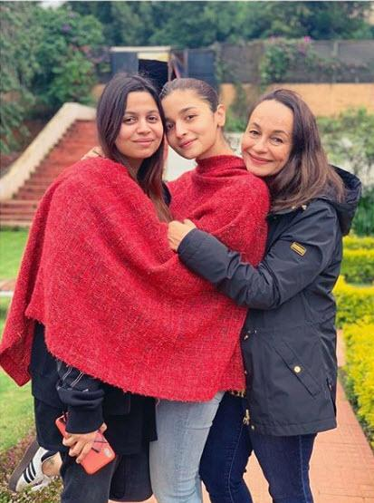 alia bhatt and shaheen bhatt and soni razdan