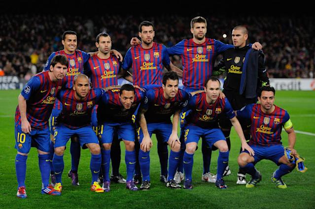 BARCELONA, SPAIN - MARCH 07: (back row L-R) Pedro Rodriguez, Javier Mascherano, Sergio Busquets, Gerard Pique, Victor Valdes (front row L-R) Lionel Messi, Dani Alves, Adriano Correia, Cesc Fabregas, Andres Iniesta, Xavi Hernandez of FC Barcelona pose a team picture prior to the UEFA Champions League round of 16 second leg match between FC Barcelona and Bayern 04 Leverkusen at Camp Nou on March 7, 2012 in Barcelona, Spain. FC Barcelona won 7-1. (Photo by David Ramos/Getty Images)