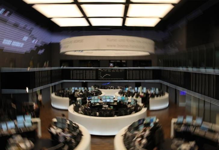 A general view of the trading floor of Frankfurt's stock exchange March 14, 2011. REUTERS/Ralph Orlowski/Files