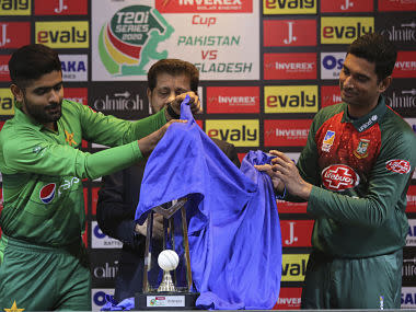 Pakistan vs Bangladesh, Highlights, 1st T20I in Lahore, Full Cricket Score: Malik slams 58 not out to guide hosts to victory