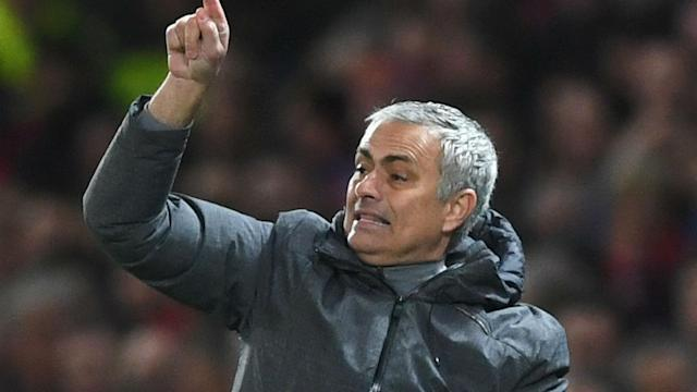 Manchester United's struggles for confidence led to Jose Mourinho instructing his team to use direct tactics to claim a draw with Everton.