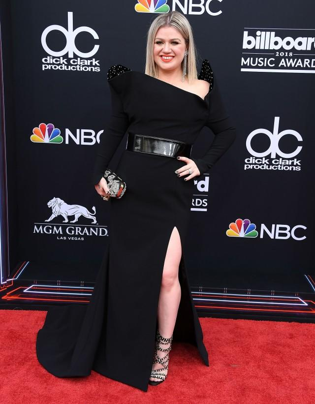 Kelly Clarkson at the 2018 Billboard Music Awards.