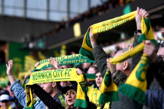 Norwich City players toast fan who left them £100 for drinks in his will