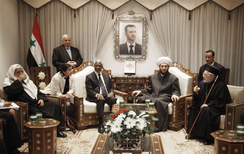 United Nations special envoy to Syria Kofi Annan, third left, meets with Ahmad Badr Al Din Hassoun, Syria's Grand Mufti, second right, in Damascus, Syria, Sunday, March 11, 2012. United Nations envoy Kofi Annan will hold a second meeting with the country's President Bashar Assad on Sunday to discuss proposals for stopping violence and starting a political dialogue, a U.N. official in Damascus said. (AP Photo/Muzaffar Salman)