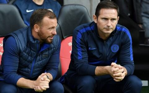 Frank Lampard sits beside Jody Morris - Credit: getty images