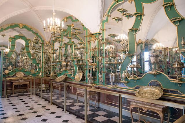 Picture taken on April 9, 2019 shows one of the rooms in the Green Vault at the Royal Palace in Dresden, Germany. The Green Vault is home to around 4000 precious objects made of ivory, gold, silver and jewels. Photo: Getty Images