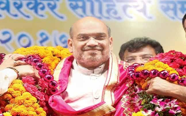 Amit Shah meets J&K BJP leaders, assures all issues will be settled