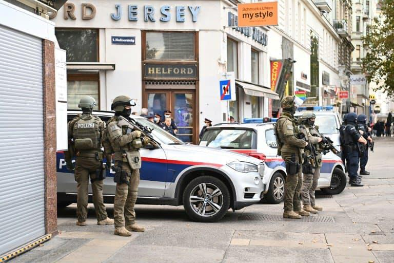 Des policiers assurent la sécurité dans le centre de Vienne, le 3 novembre 2020. (Photo d'illustration) - Joe Klamar © 2019 AFP