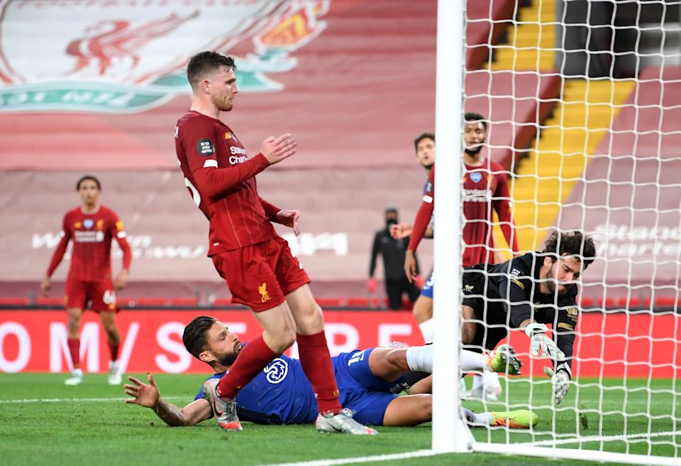 Chelsea striker Olivier Giroud scores against Liverpool right before half-time. (PHOTO: Laurence Griffiths/Getty Images)
