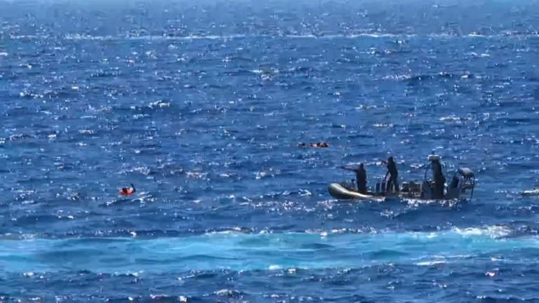 The 15 migrants who jumped in the sea in a bid to swim ashore were rescued and taken to Italy's Lampedusa island (AFP Photo/-)