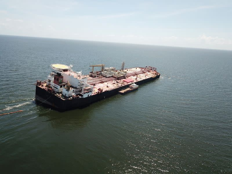 Idled Venezuelan floating oil facility under repairs amid environmental concerns - source