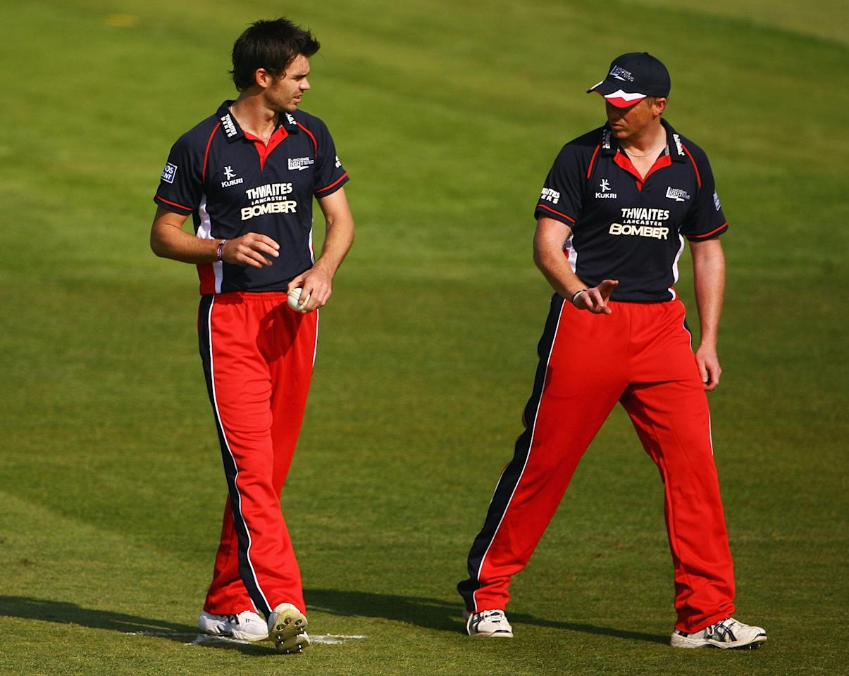 MANCHESTER, ENGLAND - APRIL 19:  James Anderson of Lancashiretalks to Glen Chapple during the Friends Provident Trophy match between Lancashire and Glamorgan at Old Trafford on April 19, 2009 in Manchester, England.  (Photo by Matthew Lewis/Getty Images)