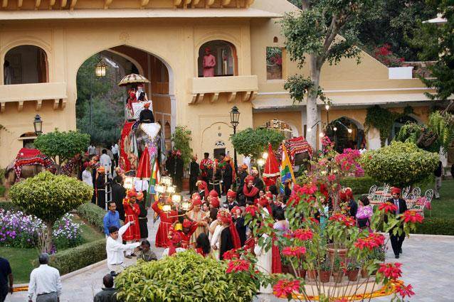 A traditional wedding at the Samode Palace. The hotel takes pride in organising traditional Indian weddings complete with elephant processions and traditional tikka and garlanding ceremonies hosted under showers of flower petals. They have a Darbar hall for the banquet, while the wedding ceremony itself can be held in the courtyard, giving your guests a good view of the fireworks they set off at the end.
