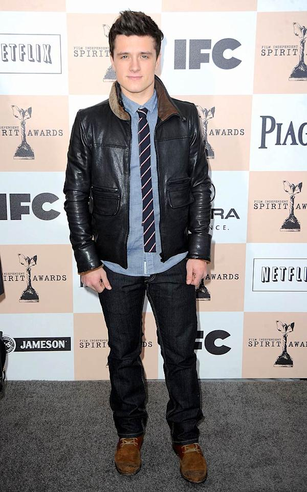 "<b>Josh Hutcherson:</b> Josh steered clear of a traditional suit at the 2011 Film Independent Spirit Awards and opted instead for a leather jacket and striped skinny tie -- a fashion risk that was worth taking! (02/26/2011)<br><br><a target=""_blank"" href=""http://www.seventeen.com/love/flirty-text-message-ideas?link=emb&dom=yah_omg&src=syn&con=slide&mag=svn"">Get Flirty Text Message Ideas</a>"