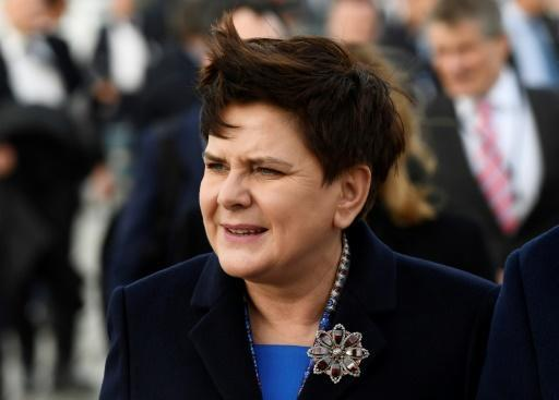 <p>Polish PM survives no-confidence vote but may still be replaced</p>