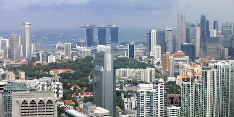 <p><img/></p>Driven by the ongoing recovery in global trade and the resilient domestic demand, the Singapore economy is expected to expand by 2.7 percent this year