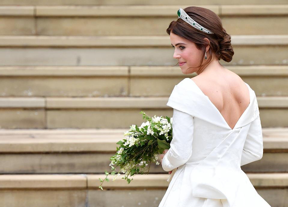 WINDSOR, UNITED KINGDOM - OCTOBER 12: (EMBARGOED FOR PUBLICATION IN UK NEWSPAPERS UNTIL 24 HOURS AFTER CREATE DATE AND TIME) Princess Eugenie arrives at St George's Chapel ahead of her and Jack Brooksbank's wedding ceremony on October 12, 2018 in Windsor, England. (Photo by Pool/Max Mumby/Getty Images)