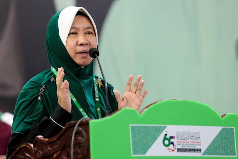 PAS Central Committee member Dr Halimah Ali Abdullah speaks during the last day of Muktamar 2019 in Kuantan June 23,2019. — Picture by Ahmad Zamzahuri
