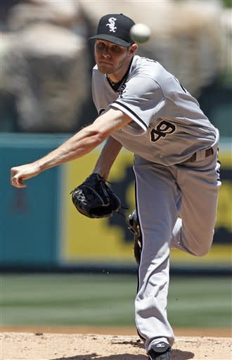 Chicago White Sox starter Chris Sale pitches to the Los Angeles Angels in the first inning of a baseball game in Anaheim, Calif., Thursday, May 17, 2012. (AP Photo/Reed Saxon)