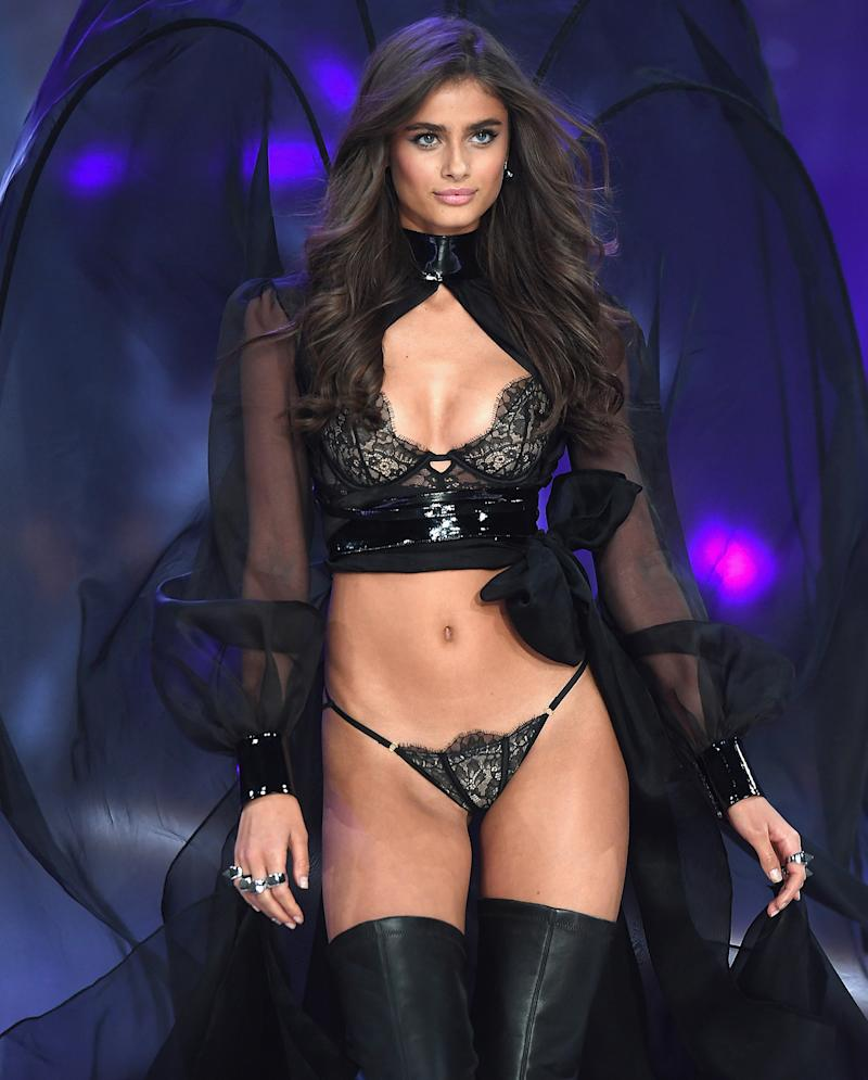 Taylor Hill (model) nude (38 photo), Topless, Hot, Instagram, see through 2020
