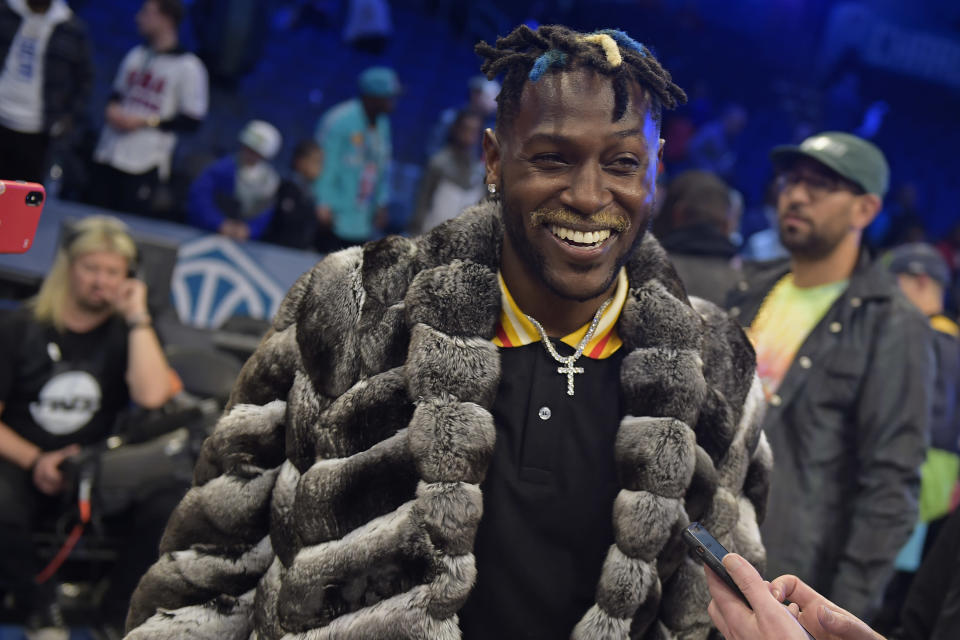 Antonio Brown has given himself a new nickname, and continues to reiterate that he's done with the Steelers and with non-guaranteed contracts. (Getty Images)