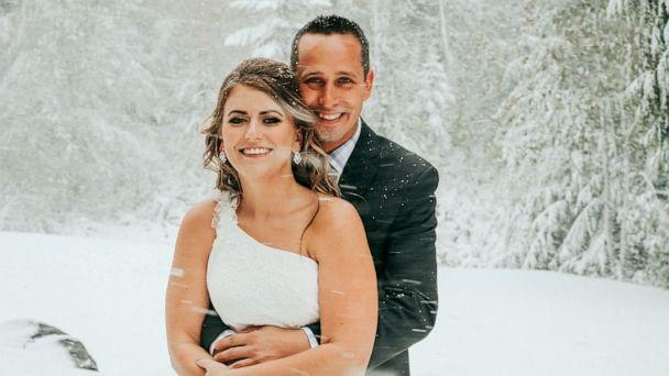PHOTO: A bride and groom expecting fall foliage as the background of their wedding day were greeted by a snowstorm in Mount Spokane, Wash., Sept. 28, 2019. (Jaime Denise Photography)