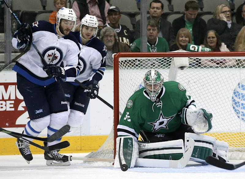 Ladd scores in shootout, Jets beat Stars 2-1