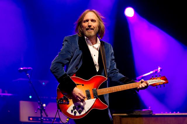 "<p>The iconic voice behind ""American Girl,"" ""I Won't Back Down,"" and dozens of other radio staples suffered <a href=""https://www.yahoo.com/entertainment/tom-petty-dies-rock-legend-040855489.html"" data-ylk=""slk:cardiac arrest;outcm:mb_qualified_link;_E:mb_qualified_link"" class=""link rapid-noclick-resp newsroom-embed-article"">cardiac arrest</a> in September, just days after finishing a three-night stand at L.A.'s Hollywood Bowl as part of a tour celebrating 40 years of Tom Petty and the Heartbreakers. News of his death was particularly dramatic when it was reported by CBS News that <a href=""http://www.milforddailynews.com/news/20171002/erroneous-reports-about-tom-pettys-death-cause-confusion"" rel=""nofollow noopener"" target=""_blank"" data-ylk=""slk:he had passed away before he actually did"" class=""link rapid-noclick-resp"">he had passed away before he actually did</a>, and was beyond <a href=""https://www.yahoo.com/entertainment/tom-petty-apos-daughter-annakim-061100464.html"" data-ylk=""slk:hurtful for his grieving family;outcm:mb_qualified_link;_E:mb_qualified_link"" class=""link rapid-noclick-resp newsroom-embed-article"">hurtful for his grieving family</a>. (Photo: Getty Images) </p>"