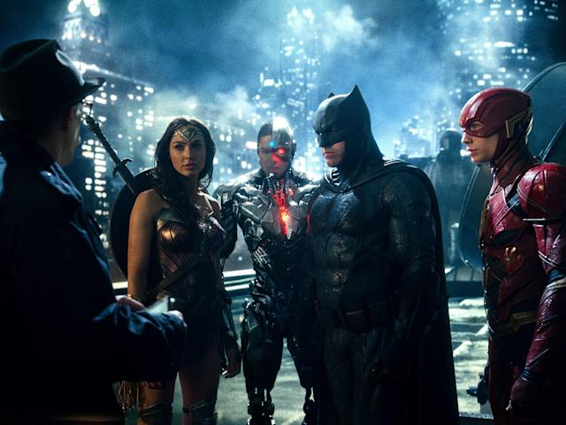 J.K. Simmons as Commissioner Gordon, Gal Gadot as Wonder Woman, Ray Fisher as Cyborg, Ben Affleck as Batman, and Ezra Miller as the Flash in <em> Justice League.</em> (Photo: Warner Bros.)