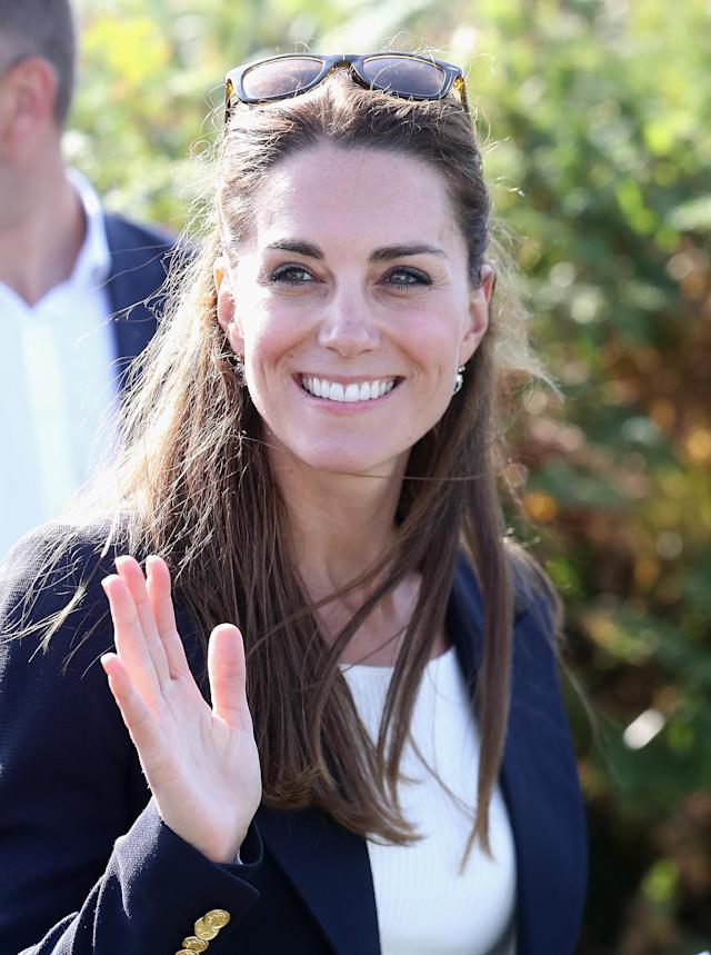 Duchess of Cambridge accessorised with the popular Wayfarers during a visit to the Scilly Isles in 2016. (Getty Images)