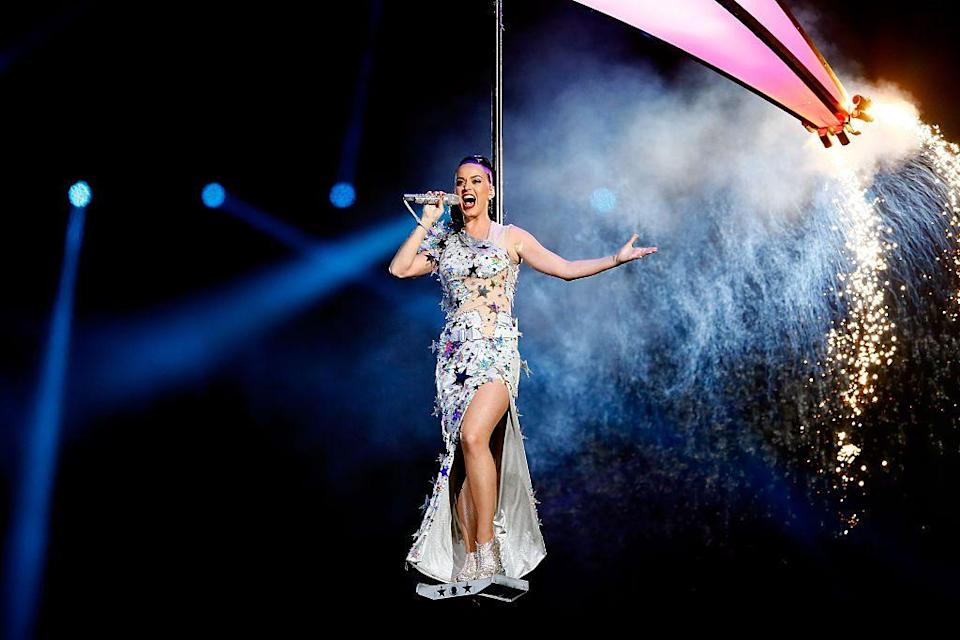 <p>To close her halftime performance, Perry wore a starry maxi dress.</p>