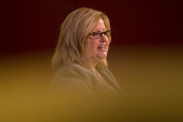 Fact-checking Lisa Thompson's controversial comments on class size in Ontario