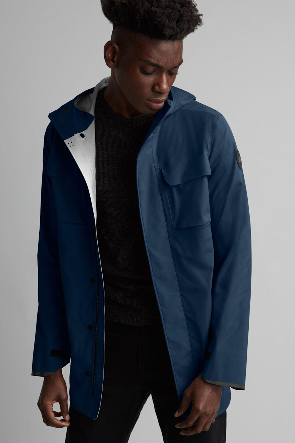 """<p>canadagoose.com</p><p><strong>$650.00</strong></p><p><a href=""""https://go.redirectingat.com?id=74968X1596630&url=https%3A%2F%2Fwww.canadagoose.com%2Fus%2Fen%2Fmens-wascana-rain-jacket-black-label-5612MB.html&sref=https%3A%2F%2Fwww.menshealth.com%2Ftechnology-gear%2Fg27207975%2Fbest-golf-gifts%2F"""" rel=""""nofollow noopener"""" target=""""_blank"""" data-ylk=""""slk:BUY IT HERE"""" class=""""link rapid-noclick-resp"""">BUY IT HERE</a></p><p>For those wetter, cooler days on the course, you'll need a little extra protection against the elements. While this jacket's utility goes well beyond golf, it's sporty enough for those early spring and late fall rounds craved by more dedicated players.</p>"""