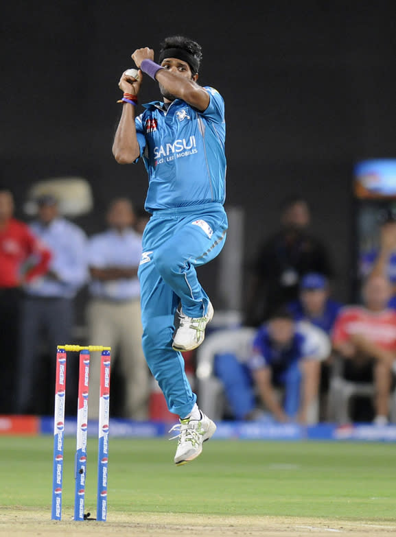 Ashok Dinda [Pune Warriors]: 13 matches, 16 wickets at an economy rate of 9.48. One of the big disappointments for Pune, more often than not, it appeared Dinda was playing for the opposition given his willingness to leak runs most times he bowled in teh tournament.