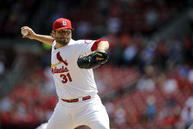St. Louis Cardinals starting pitcher Lance Lynn throws during the first inning of a baseball game against the Pittsburgh Pirates on Thursday, Aug. 15, 2013, in St. Louis. (AP Photo/Jeff Roberson)