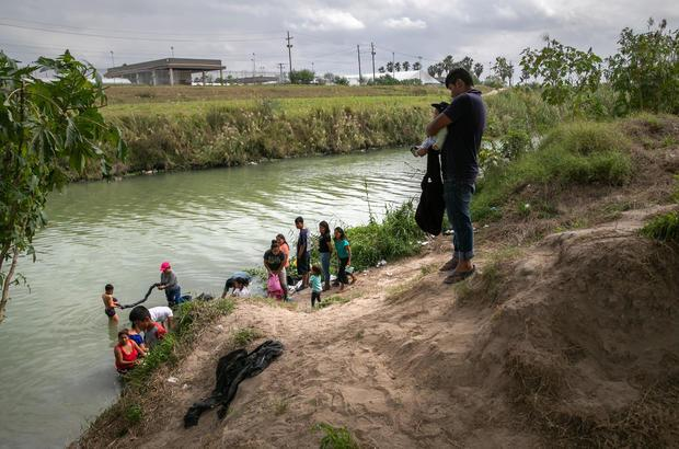 """Asylum Seekers Fill Tent Camps As Part Of U.S. """"Remain In Mexico"""" Policy"""