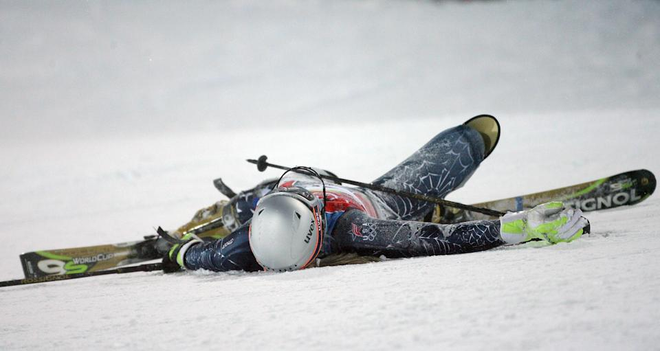 <p>At the 2006 Torino Olympics, Vonn crashed and had to be airlifted off the mountain — and still returned to finish 8th in the downhill. </p>