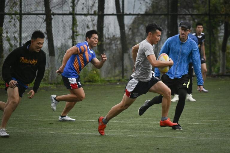China has dozens of amateur teams, spread among its big cities