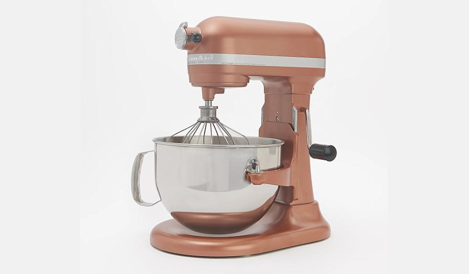 Choose from ten speeds, from slow stir to fast whip (Photo: QVC)